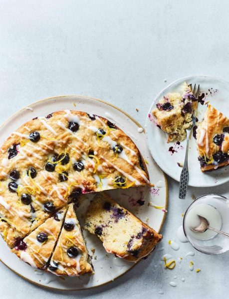 7542-BLUEBERRY-MUFFIN-CAKE-02