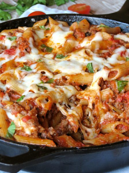 Easy-One-Pan-Pasta-Bolognese
