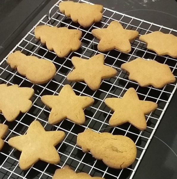16-12-20 christmas biscuits baked