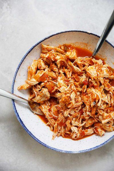 Instant-Pot-Shredded-Salsa-Chicken3