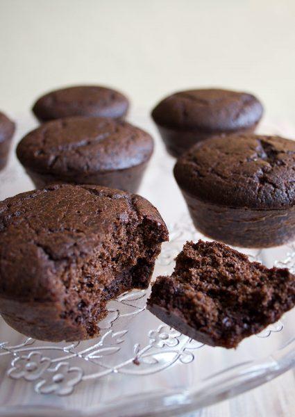 Sugar-Free-Chocolate-Feast-Muffins-no-icing