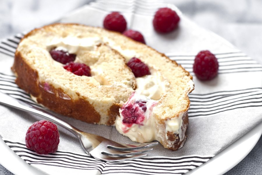 richs-lemon-raspberry-roulade-2